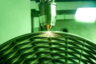 Repair and add features thanks to DED additive manufacturing